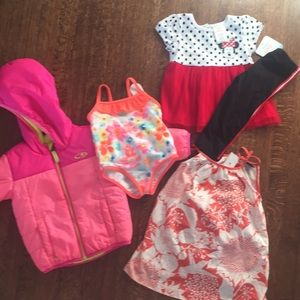 Bundle of 18 month old girls clothing.